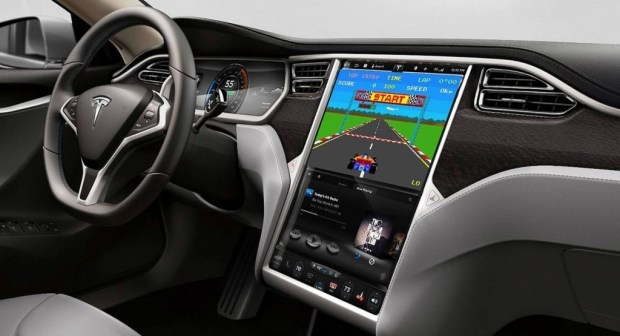 Радио за $500: новая опция в Tesla