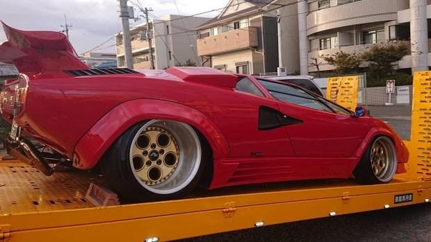 «Пацанский» тюнинг Lamborghini Countach