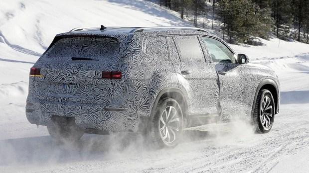 Первые фото нового Audi Q9
