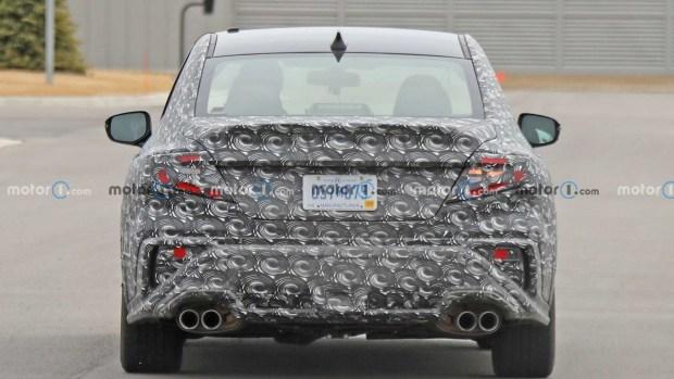 Subaru WRX еще живет: на тестах замечено новое поколение