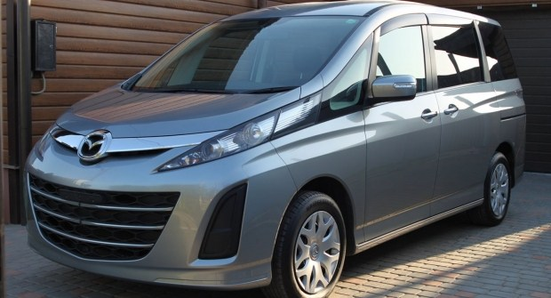 Восьмиместный минивэн Mazda: лучший выбор счастливого семьянина?