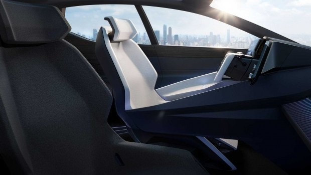 Быстрый, но ненастоящий: новый электрокар Lexus