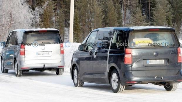 Обновленный Multivan уже вовсю катается по дорогам