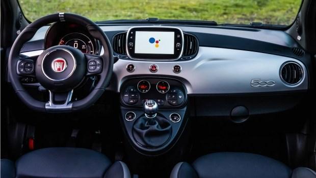 Hey Google! Как тебе новые Fiat 500, 500X и 500L
