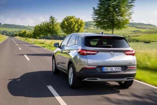Кросовер Opel Grandland X - з ГРАНДІОЗНОЮ вигодою: - 40 000 грн. на автомобілі 2020 р.в.