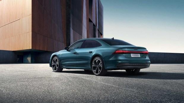 Audi A7: из лифтбека в седан?