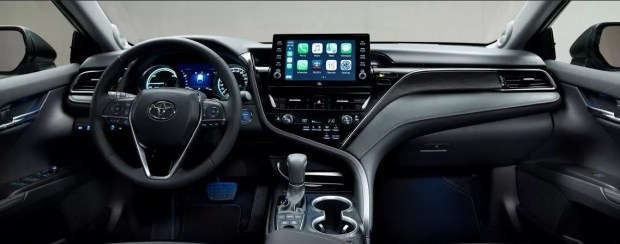 Розширена безпека і комфорт: продажі оновленої Toyota Camry в Україні розпочато