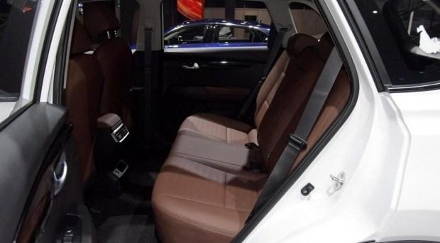 Чужой KIA Sportage преобразился снаружи и внутри и обрёл новый турбомотор