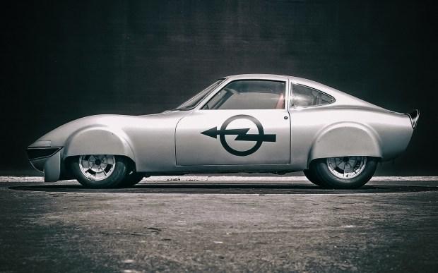 Бренд Opel святкує 50-річний ювілей електричного рекордсмена - легендарного купе Opel Elektro GT!