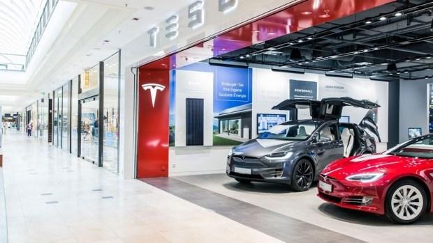 Что там насчет «пузыря»? Tesla показала рекордную прибыль!