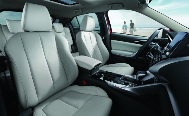 Mitsubishi Eclipse Cross 2021: оголошено старт продажів, ціни та комплектації