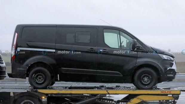 Ford в Румынии начнет сборку нового электрического минивэна