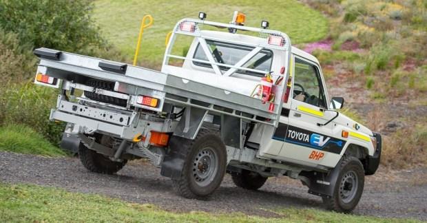 Toyota может превратить Land Cruiser в электрокар