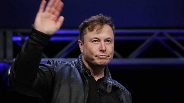 Tesla может не представить технологию автономного вождения в 2021 году