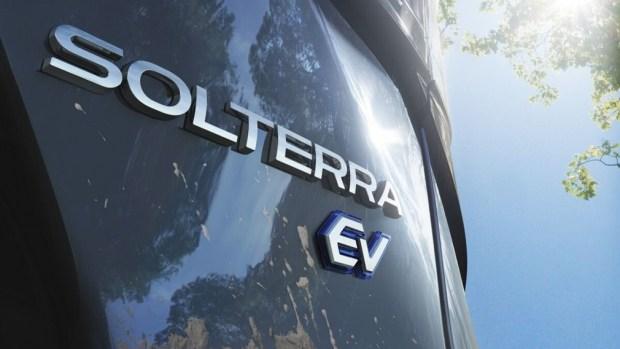 Solterra: новый электромобиль Subaru