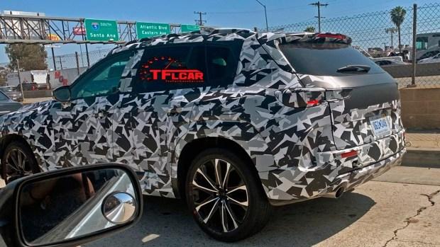Mazda вывела на дороги новый CX-5