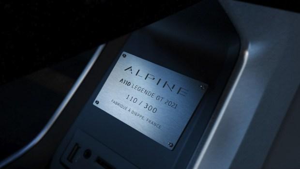 Купе Alpine A110 Legende GT: с новыми силами в новый бой
