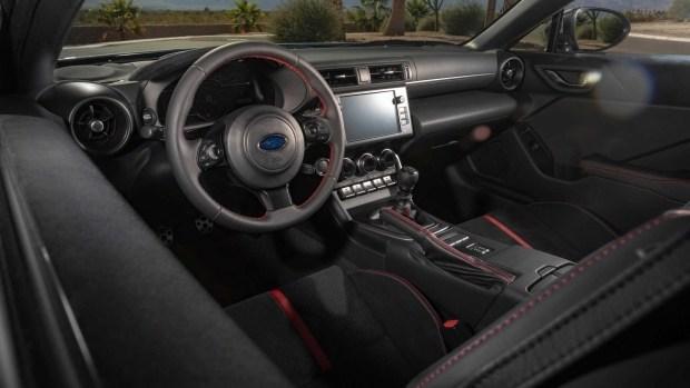 Сколько стоит новый Subaru BRZ?