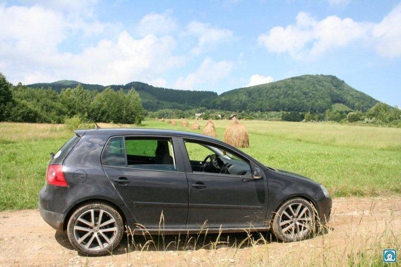 Отзыв о Volkswagen Golf 5-ти дверный 2008 года Арсений (Киев)